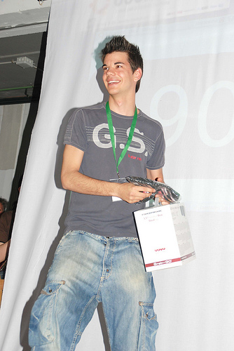 Recogiendo Premio en UbuntuParty